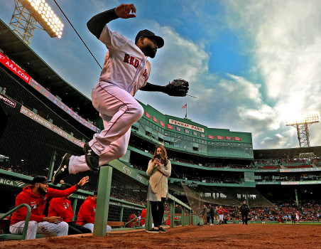 BOSTON, MA. - APRIL 25: Jackie Bradley Jr. #19 of the Boston Red Sox takes to the field before the MLB game against the Detroit Tigers at Fenway Park on April 25, 2019 in Boston, Massachusetts. (Photo by Matt Stone/Digital First Media/Boston Herald via Getty Images)